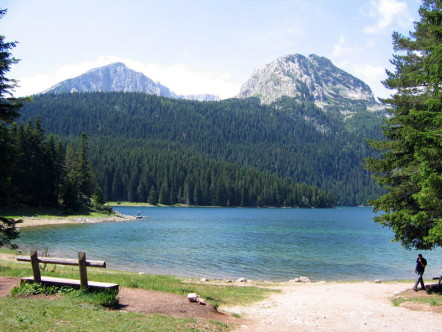 Lake in Durmitor National Park by Wikipedia